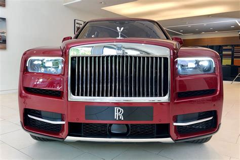 rolls royce cullinan suv revealed pictures auto express