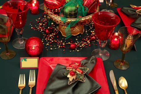 idee per addobbare la tavola idee per addobbare la tavola natalizia tomato