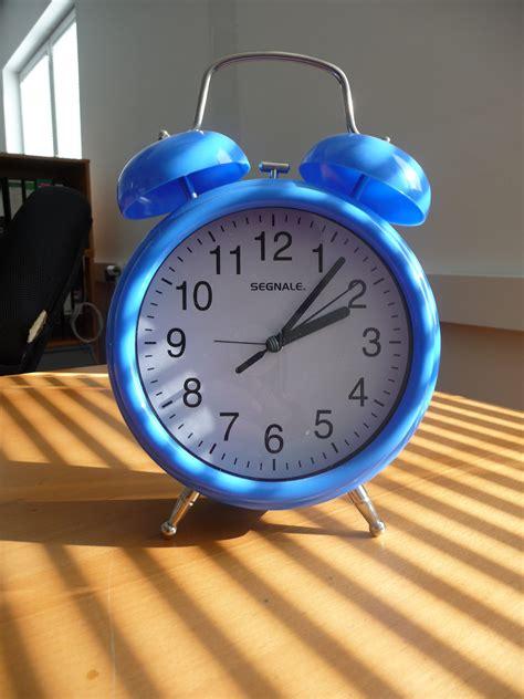 Blus Clok 01 alarm clock jan 01 2013 18 27 51 picture gallery