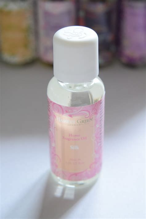 Find Silky Smooth Floral Scented by Silk Home Fragrance 30ml Dried Flowers Daisyshop