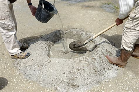 mixing sand with paint for garage floor how to make concrete for driveway path or garage floor