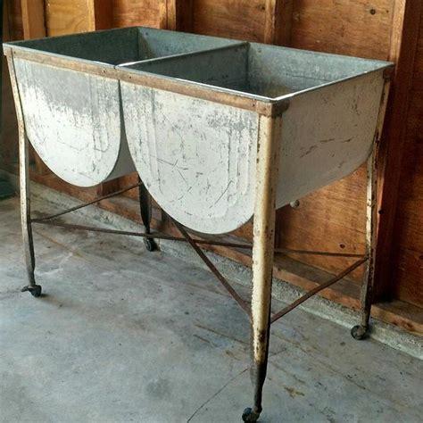 antique wash tub sink antique wash tub galvanized best 2000 antique decor ideas
