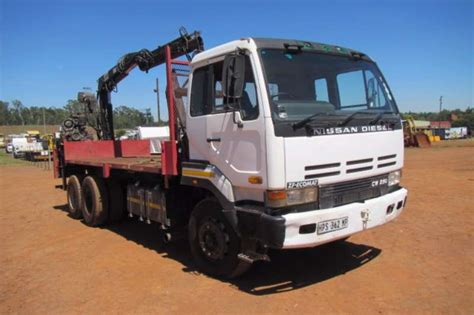 Nissan Diesel Trucks by Nissan Nissan Diesel Cw290 Brick Truck Truck Trucks For
