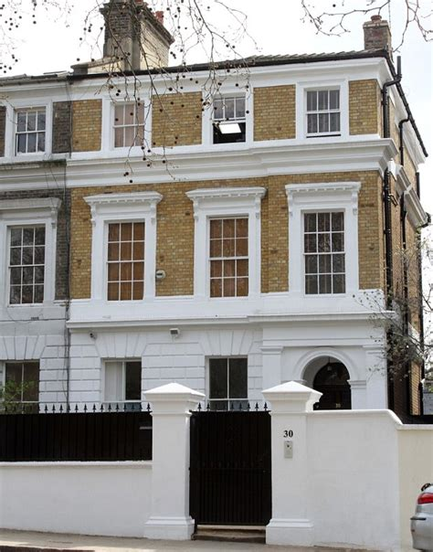 amy winehouse house amy winehouse camden home where singer died put on sale by father mitch for 163 2 7m