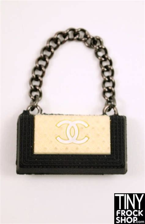 Chanel Locating Millers Chanel Cabas Handbag by 1000 Images About Chanel On Sewing