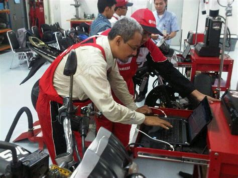 Alat Tes Injeksi Sepeda Motor 301 moved permanently