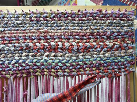 Rug Weavers timber hill threads rugs from rags