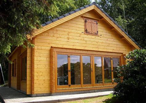 glasveranda bauen wochenendhaus oder gartenzimmer statt wintergarten idee