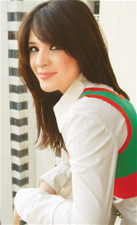 ayesha omar profile, interview & pictures