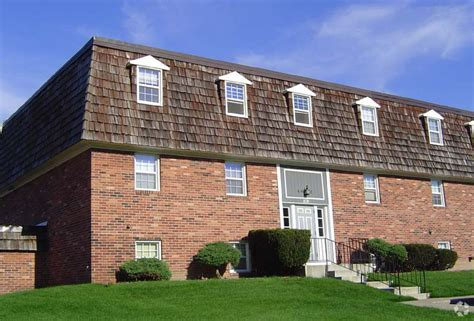 one bedroom apartments in grand rapids mi lake forest apartments rentals grand rapids mi