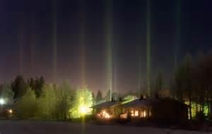 light pillars the stunning phenomenon of light pillars webdesigner depot