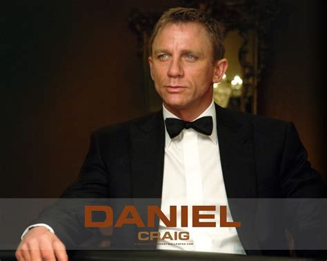 james bond chatter busy daniel craig wallpapers