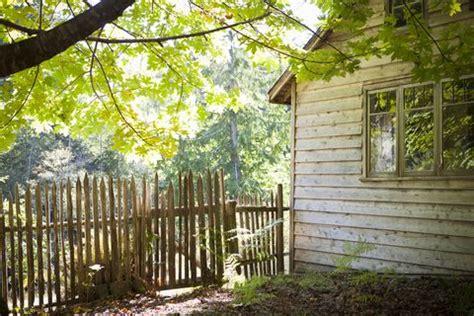 backyard fence ideas privacy fence ideas