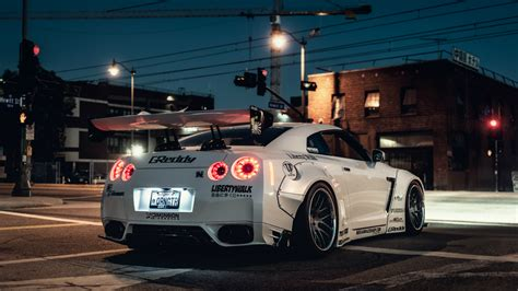 white nissan gtr wallpaper white nissan gt r wallpapers and images wallpapers