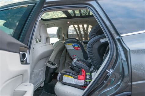 volvo xc  drive review  tidy polished package