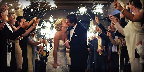 Using Sparklers Indoors: The Right Sparkler for an Indoor