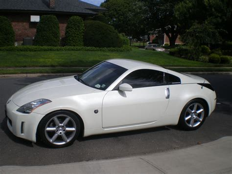 white nissan 350z white nissan 350z wallpaper hd image 410