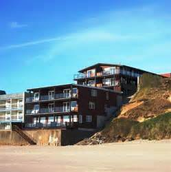 hotels with in room oregon coast book beachfront manor hotel central oregon coast oregon hotels