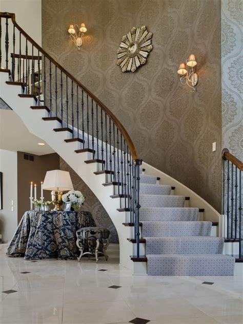 tips  utilizing  stairway wall