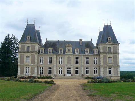 Vervallen Kasteel Te Koop Frankrijk by Te Koop Kasteel In Departement Maine Et Loire Omgeving Angers