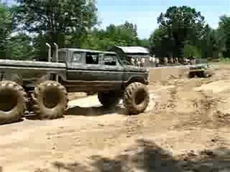 blown mud truck labor day 2010 mud bogging and tractor pulling monsters mudders and