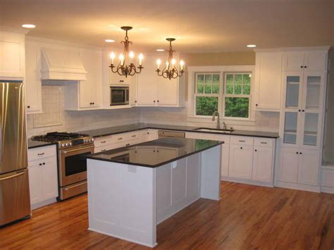 kitchens with painted cabinets kitchen tips to paint kitchen cabinets ideas oak
