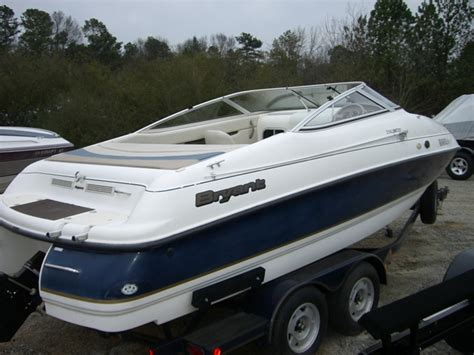bryant boats buford ga 1999 bryant 214 21 cuddy cabin used good avidboater
