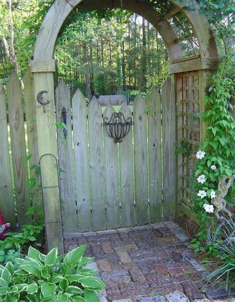 portes de jardin 1000 id 233 es sur le th 232 me treillis de jardin sur treillis jardinage et ob 233 lisques