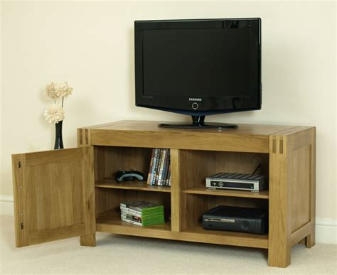 eton solid oak small tv dvd cabinet entertainment unit