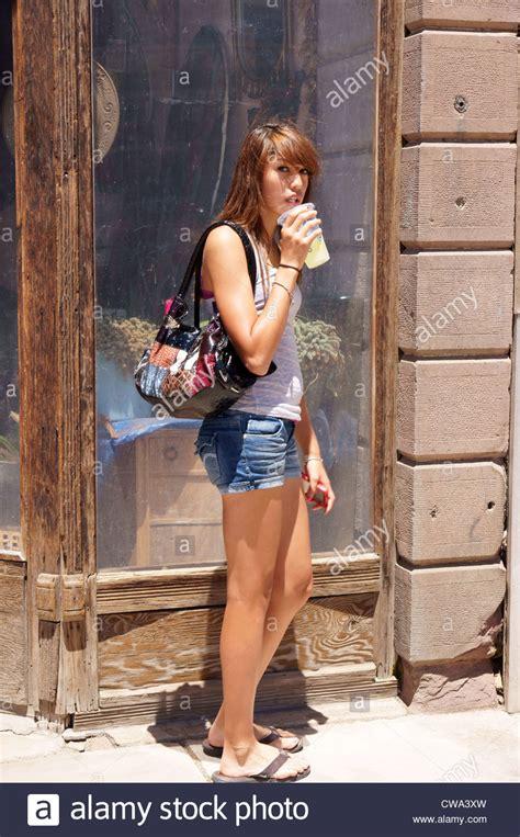preteen street girl teen teenager street woman female people candid las
