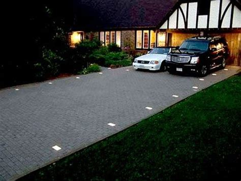 Solar Lights For Driveways Driveway Lights Driveway Entry Driveway