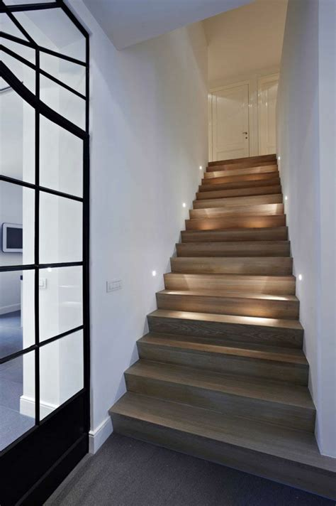 beleuchtung treppenaufgang beleuchtung treppenhaus l 228 sst die treppe unglaublich sch 246 n