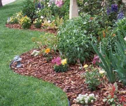 best mulch for flower beds 25 best ideas about garden mulch on pinterest