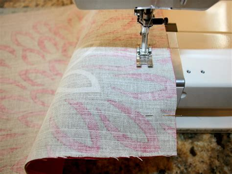 Easy Sew Pillow by Easy To Sew Pillows Hgtv