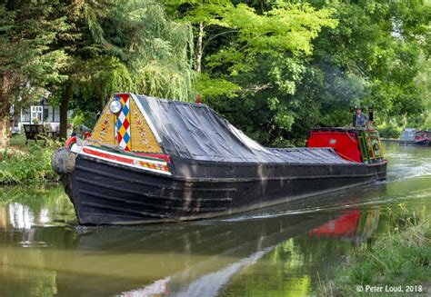 swan narrow boats traditional narrow boats on grand union canal at milton