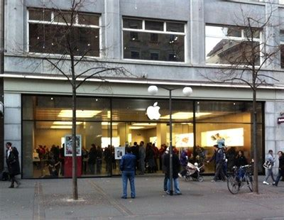 apple zurich apple store bahnhofstrasse z 252 rich switzerland apple