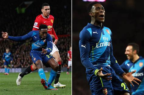 arsenal team news danny welbeck scores penalty as arsenal arsenal s danny welbeck death threats after celebrating
