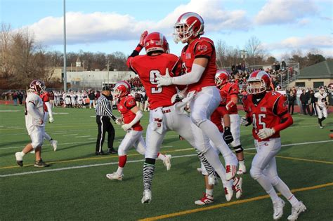 new canaan rams football new canaan rams 2014 football preview enjoy the ride