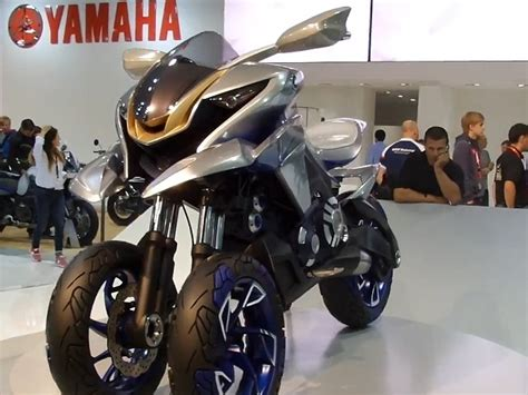 Dreirad Motorrad H Ndler by Yamaha 01gen Crossover Dreirad Konzept Von Yamaha