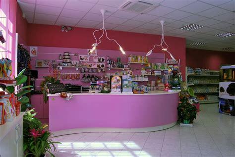 franchising negozi animali arredamento negozio animali trino vc