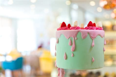 Mister Baker UAE: Cake Shops in Dubai for Birthday Cake