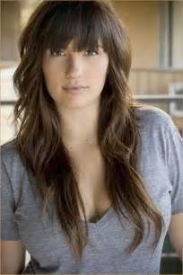 how to cutting bangs in a layered hairstyle 12 pretty long layered hairstyles with bangs pretty designs