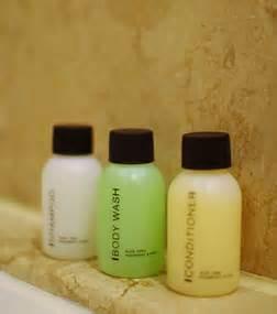 Set Tempat Sikat Gigi Sabun Kamar Mandi tips membuat kamar mandi yang sehat di sini