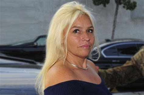 the bounty ex picture beth chapman mourns s amid cancer battle