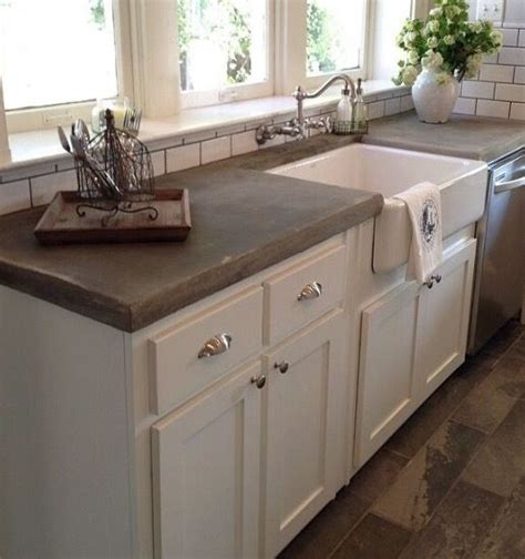 Kitchen Sink Tops Joanna Gaines Like The Color Of The Concrete Countertops And Flooring Country Decor