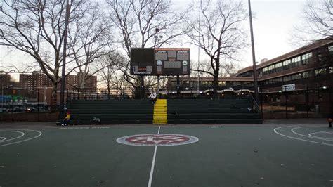 Keranjang Menhattan Basket Bk 285 from rucker park to square