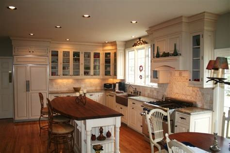 kitchen cabinets to ceiling pictures what is the height above the kitchen cabinets to the ceiling