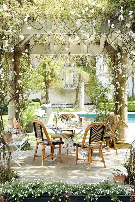 backyard dining 34 inviting outdoor dining spaces in various styles digsdigs