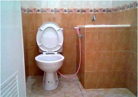 membuat filter air untuk kamar mandi menyiasati desain kamar mandi kecil sederhana agar