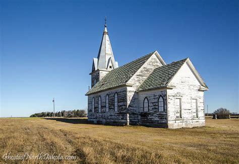 sunday morning   prairie  norway lutheran church